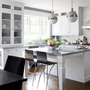 остров на кухне фотография